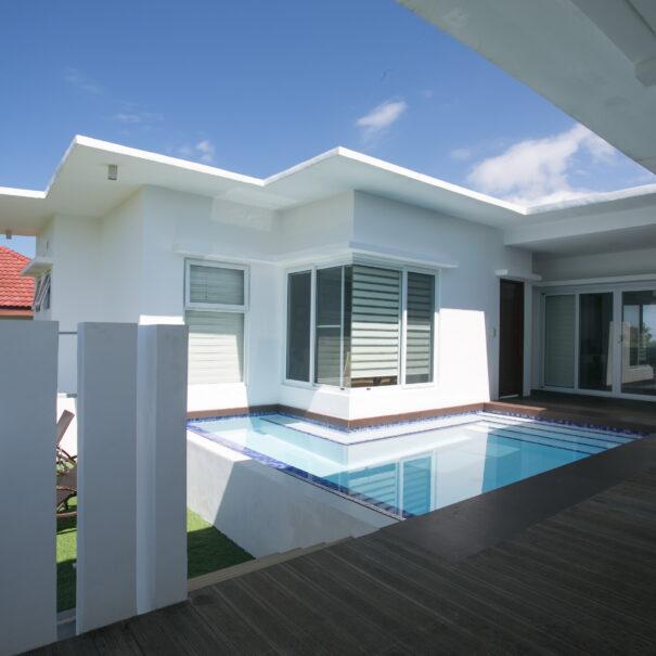 one hagdan villa balustre